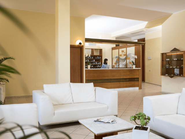 lu hotel porto pino (1).png