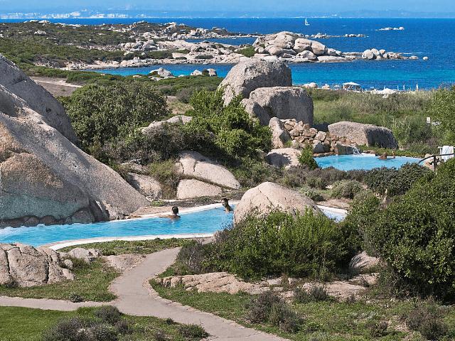 luxe vakantie sardinie - valle dell erica resort in palau (8).png