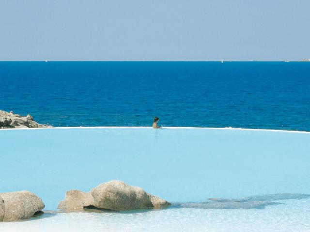 luxe vakantie sardinie - valle dell erica resort in palau (7).png