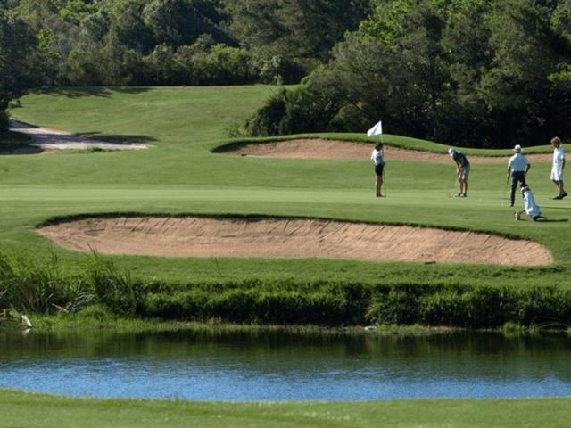 pevero-golf-sardinie.png