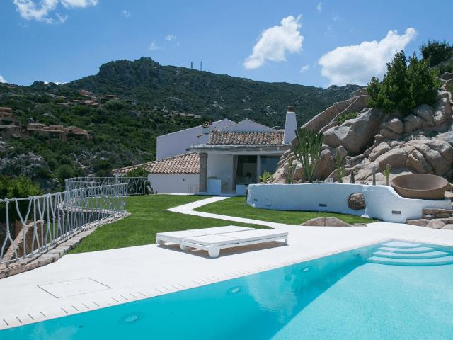 vakantiehuis villa pantogia met zwembad sardinie - sardinia4all (28).png