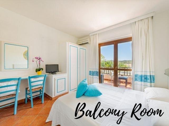 hotel la funtana santa teresa gallura - balcony room - sardinia4all.jpg