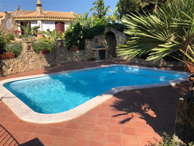 vakantiewoning sardinie met zwembad - sardinia4all (10).png