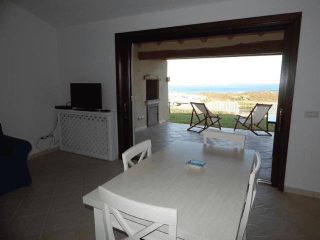 vakantiehuis met zwembad in golfo aranci - sardinie (20).png