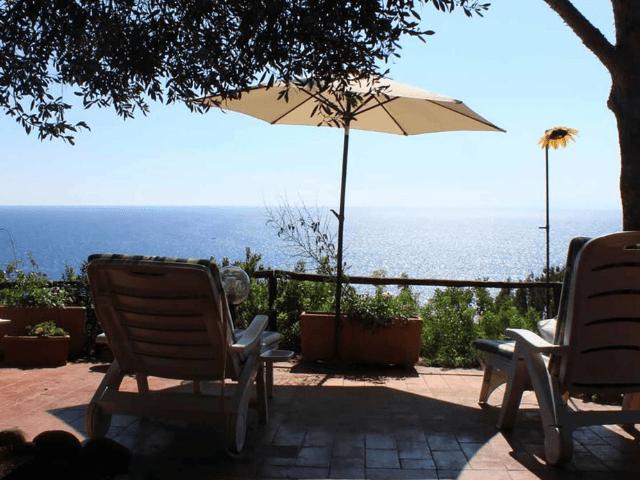 vakantiehuisje sardinie met zeezicht - casa delfino (8).png
