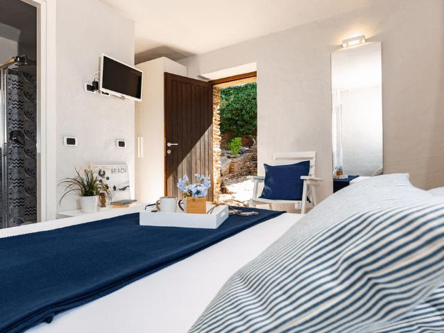 vakantiehuis sardinie - villa smeralda met zwembad (26).png
