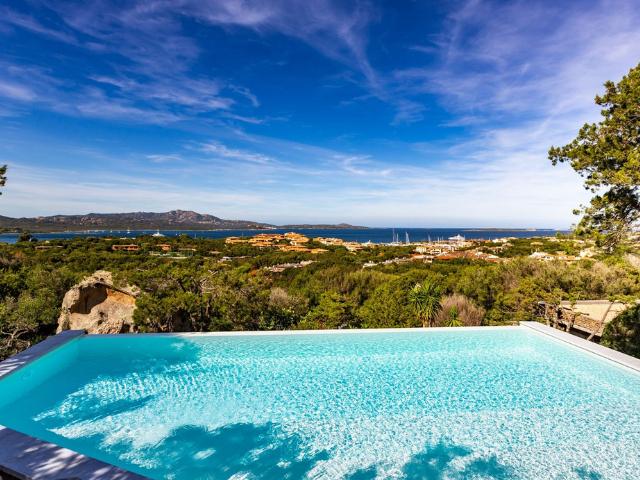 vakantiehuis sardinie - villa smeralda met zwembad (13).png