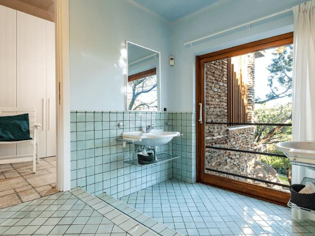 vakantiehuis sardinie - villa smeralda met zwembad (41).png