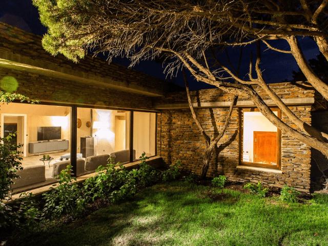 vakantiehuis sardinie - villa smeralda met zwembad (49).png