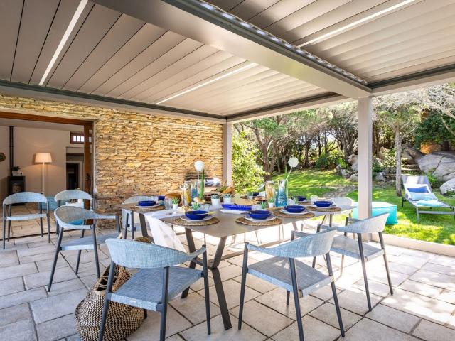 vakantiehuis sardinie - villa smeralda met zwembad (11).png