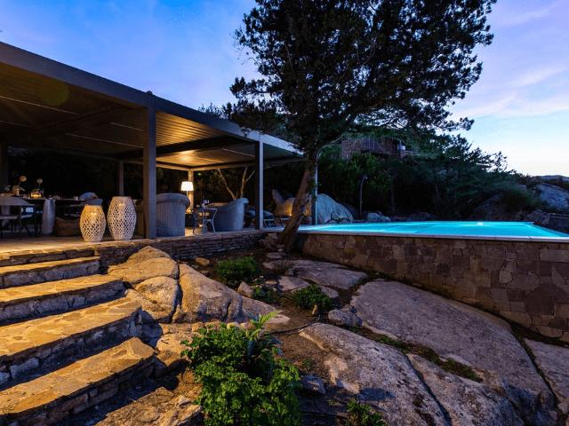 vakantiehuis sardinie - villa smeralda met zwembad (50).png