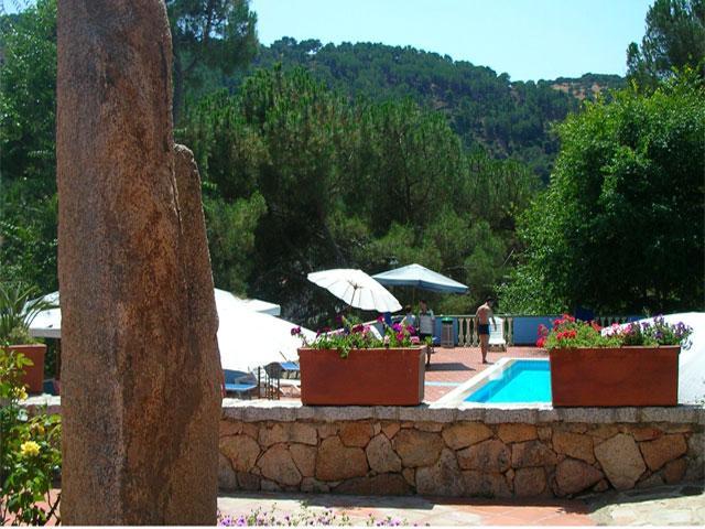 Zwembad - Hotel Su Lithu - Bitti - Sardinië
