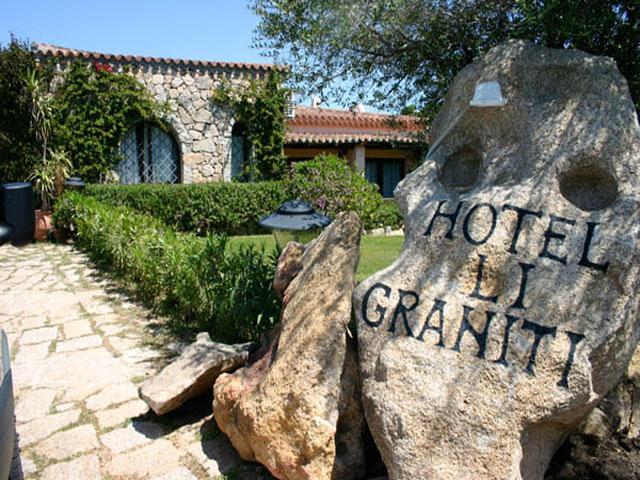 Hotel Li Graniti - Baja Sardinia - Sardinië