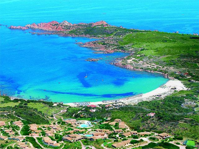 Ligging van Hotel La Marinedda in Isola Rossa - Sardinië