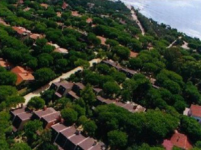 Luchtfoto van de vakantiehuizen in Cala Verde - Sardinie