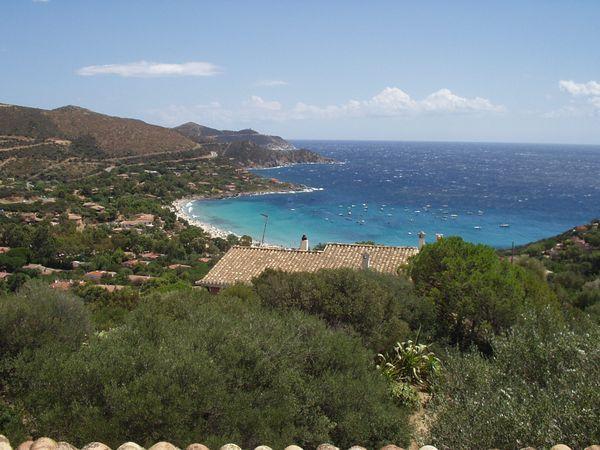 Sardinie - Villa Ines is een vakantiehuis aan zee in Torre delle Stelle