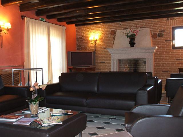 Leesruimte in Hotel Sa Contonera - Arbatax