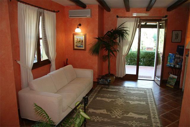 Receptie - Residence Borgo degli Ulivi - Arbatax - Sardinië