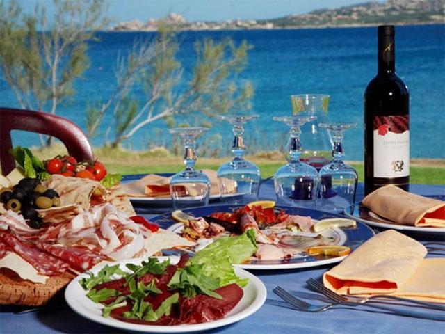 Restaurant Camping Isuledda - Sardinie