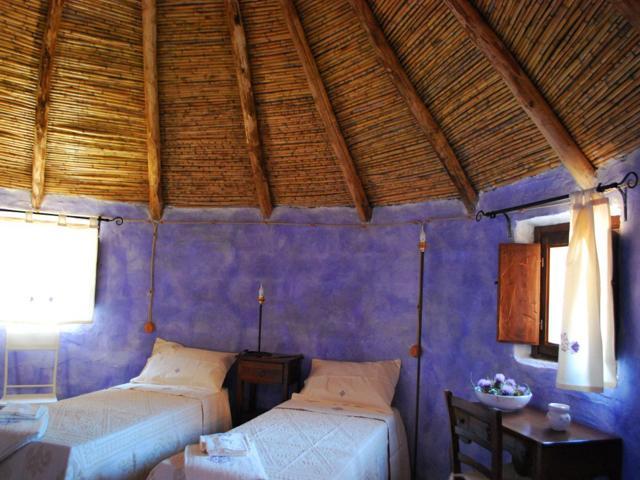 Vakantie in Sardinie - Authentieke overnachten in een herdershut  (1)