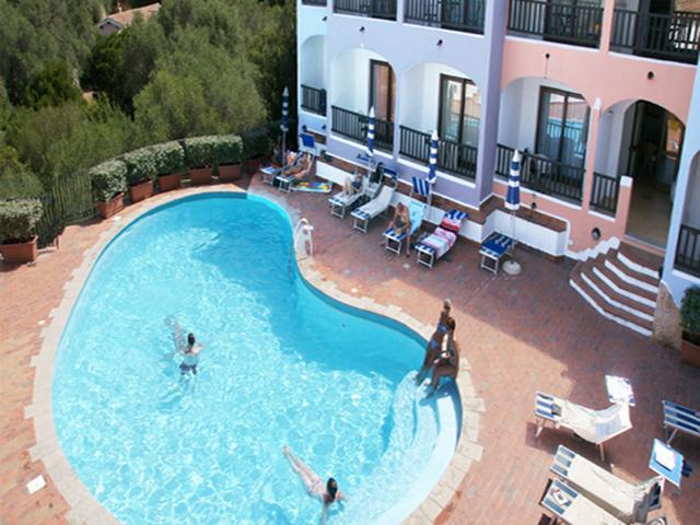Hotel Club - Baja Sardinia - Graniti