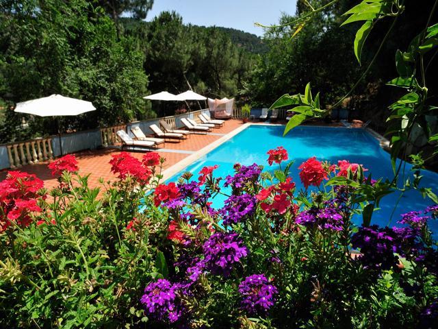 Sardinie - Mooi 4 hotel met zwembad - Hotel Su Lithu