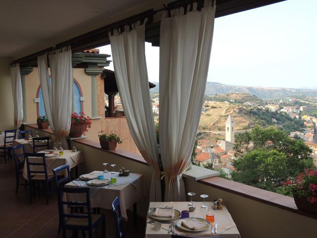 Hotel Su Lithu - Hotel Sardinie met zwembad in Bitti (2)