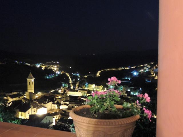 hotel bij nacht - sardinie - Su lithu
