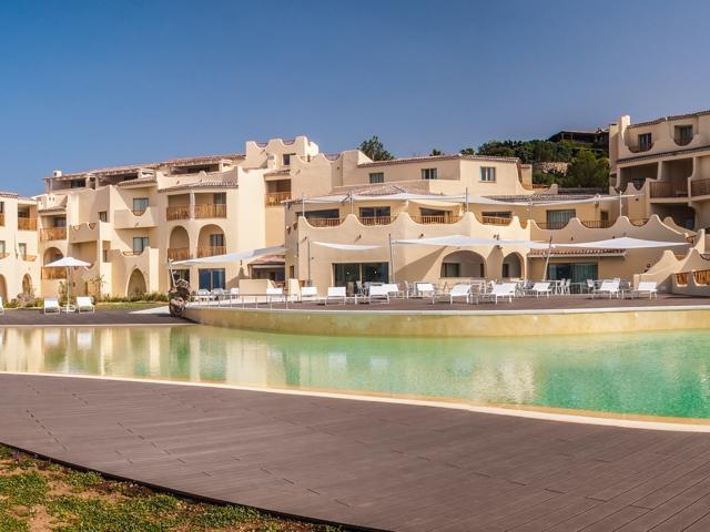 Cala Cuncheddi - Hotel aan het strand in Sardinie