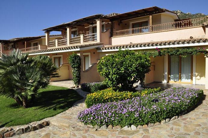 sardinie - hotel su giganti is ook geschikt voor een vakantie met kinderen.jpg